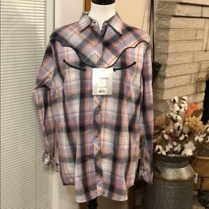Wrangler Women's Western Plaid Button Down Top